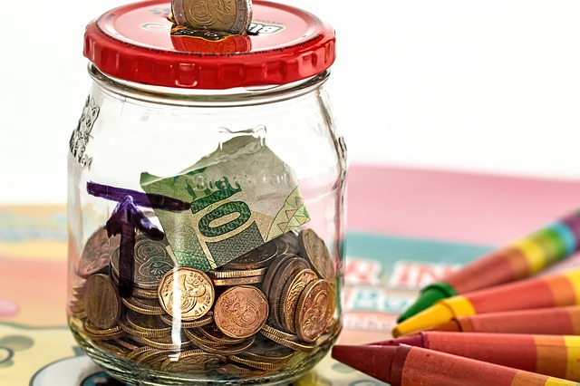 Investment piggy bank, Come on Britain get financially educated